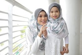instant shawl lady darlessa deluxe by wafiy closet 2