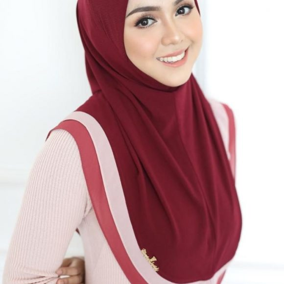 tudung-sarung-sweet-adell-by-wafiy-closet-sam2-1-dark-red